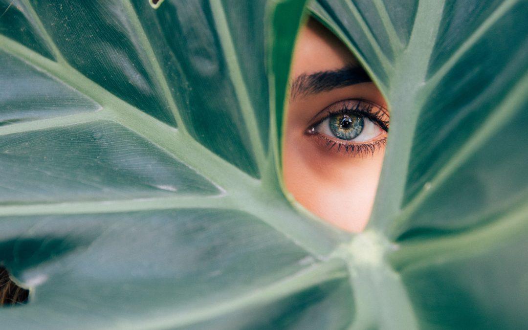 Trætte øjne: 4 overraskende måder at komme mørke rande til livs